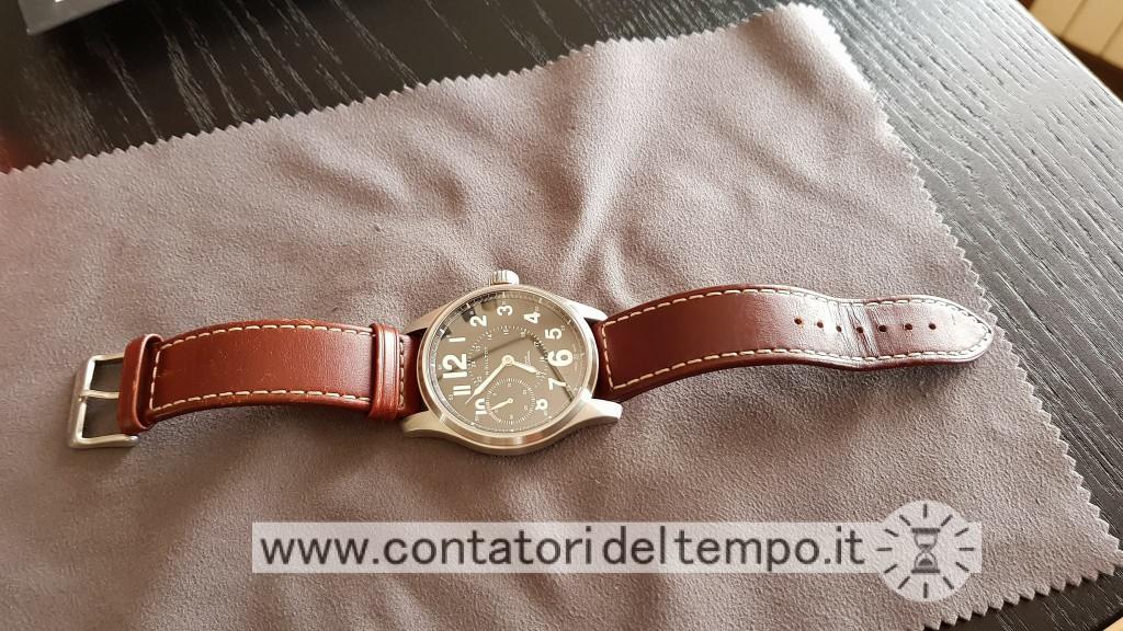 Panoramica dell'orologio e del cinturino